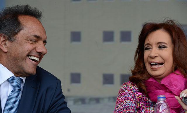 """Cristina se mostró con Scioli y lanzó un mensaje: """"Hay buitres revoloteando"""""""