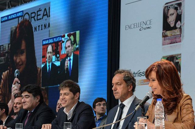 Cristina eludió la veda electoral y buscó condicionar a su candidato