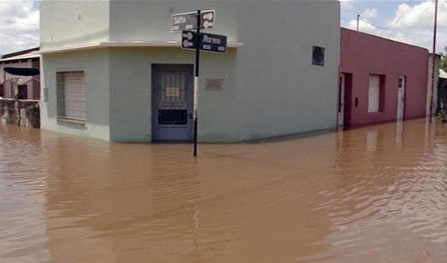 """""""La situación está estabilizada, si continúa así, descendería el río"""", advierte el intendente de Concordia"""