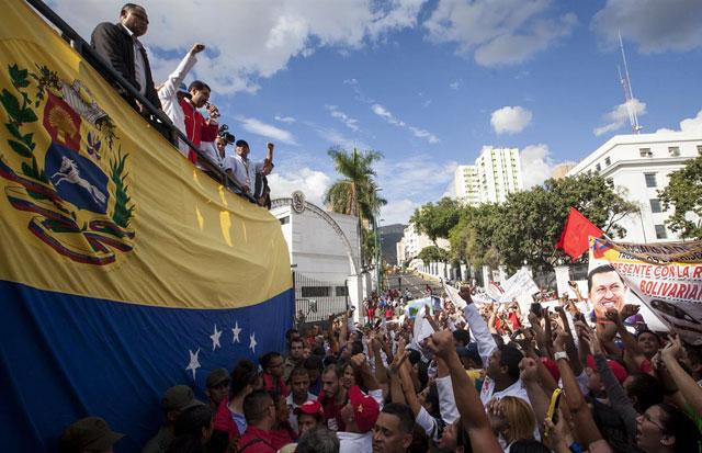 """Maduro: """"No permitiremos que la burguesía parasitaria tome el poder"""""""