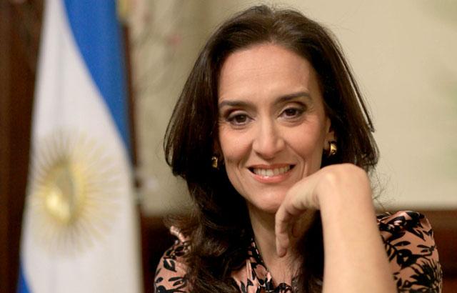 Gabriela Michetti adelantó que también habrá despidos de militantes en los ministerios