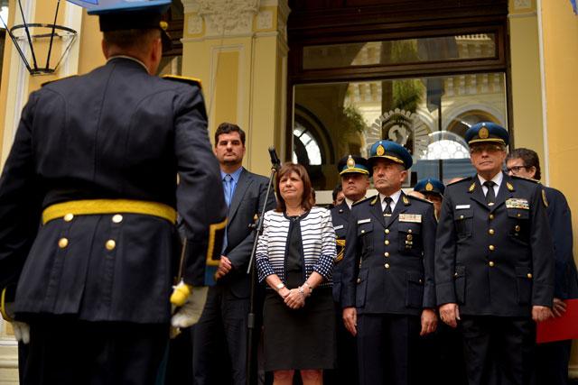 """Roncaglia prometió """"federalizar"""" a la Policía y más lucha al narco"""