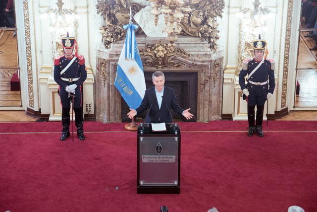 Lázaro Báez, la cobija con la que se tapa Macri