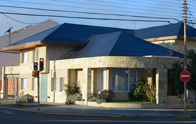 A través de las deudas municipales, se revelan 17 propiedades de Rudy Ulloa Igor, solo en Río Gallegos