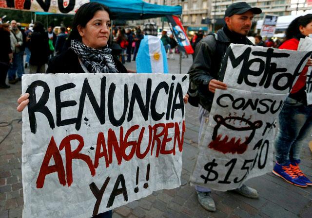 Primer cacerolazo contra Macri por la suba de tarifas