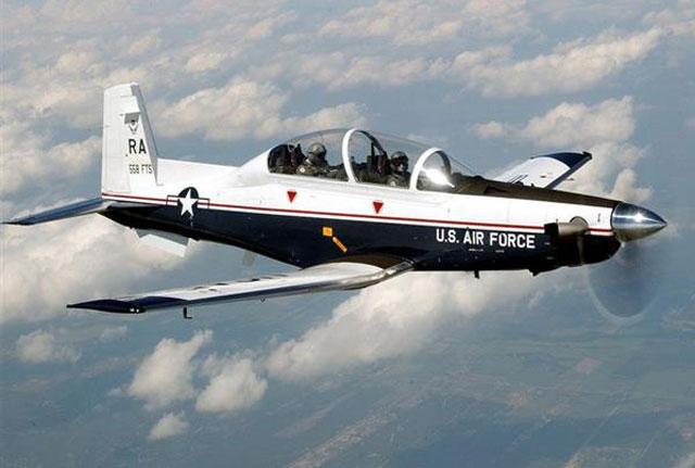 Comprarán 24 aviones para frenar a los narcos