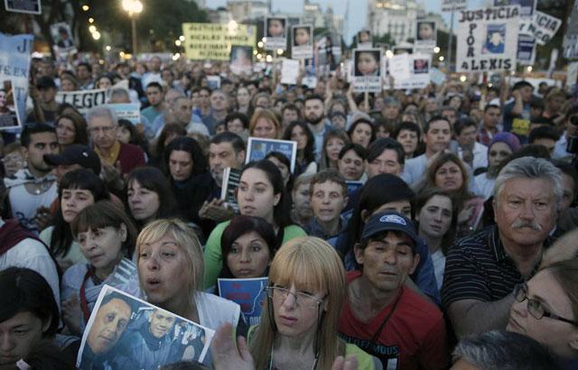 Sin banderas políticas, reclamaron contra la injusticia y la inseguridad - Foto: La Nación/ Santiago Filipuzzi