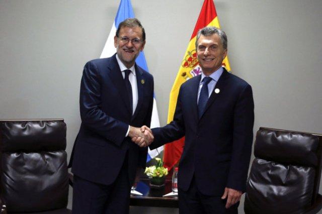En búsqueda de inversiones, Macri arranca su visita oficial a España