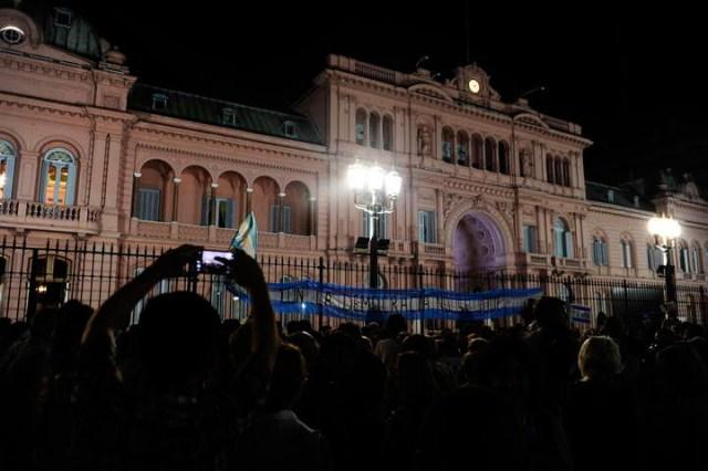 #1A: según una encuesta, para el 60% la marcha fue para apoyar al Gobierno frente a la oposición