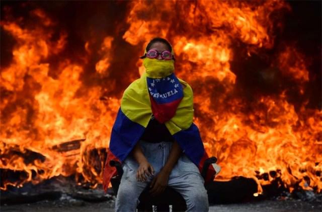 Venezuela: noche de saqueos y cacerolazos tras la protesta que dejó cuatro muertos