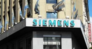 Las coimas de Siemens: detectan fondos por US$16 millones del exministro Corach en el exterior