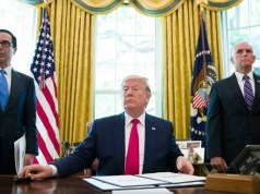 Trump sube la apuesta y sanciona al líder supremo de Irán