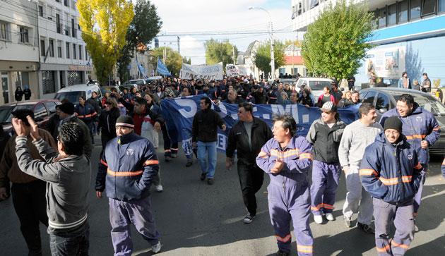 El Soem marcha por las calles de Río Gallegos - Foto archivo: OPI Santa Cruz/Francisco Muñoz
