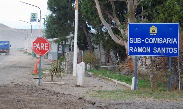 La Sub Comisaría Ramon Santos, zona en donde hoy se hará el acto interprovincial - Foto: OPI Santa Cruz/Francisco Muñoz