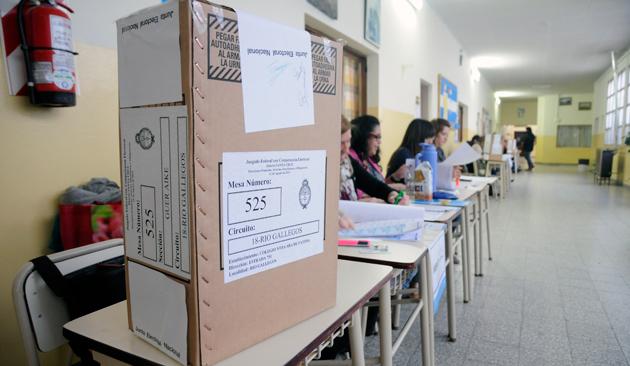 Las urnas - Foto: OPI Santa Cruz/Francisco Muñoz