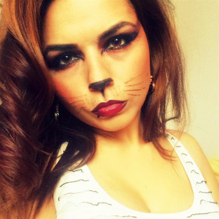 catwoman makeup