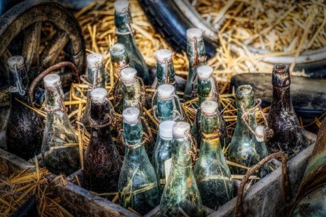Pivo, pivné fľaše, staré fľaše