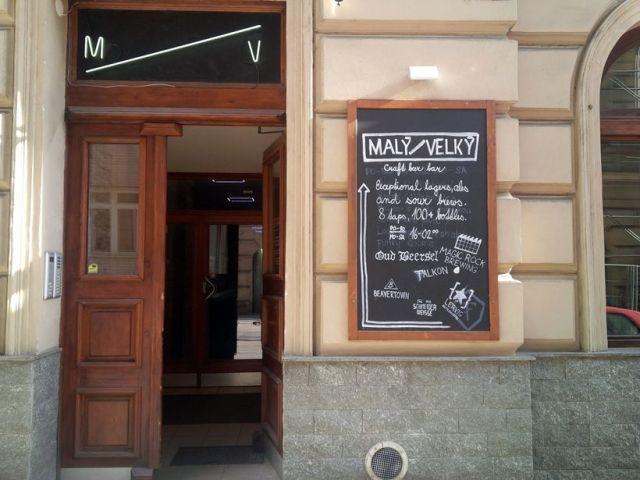 Praha, pivný bar, Malý Velký