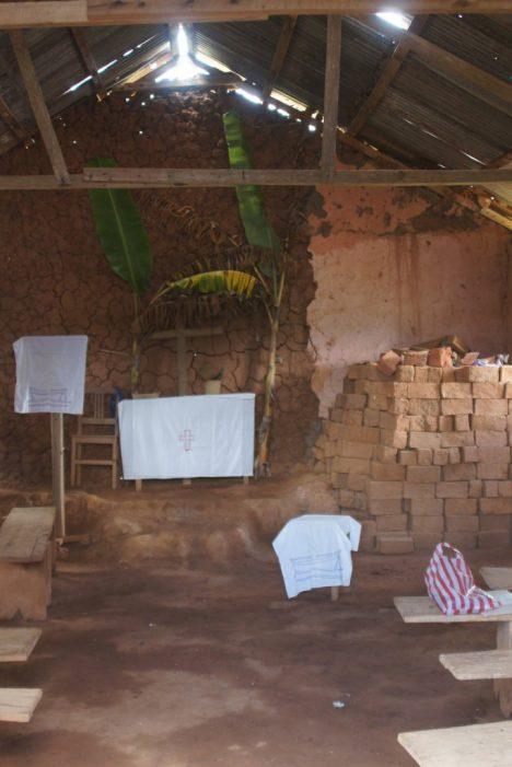 In der Kirche in Yamba