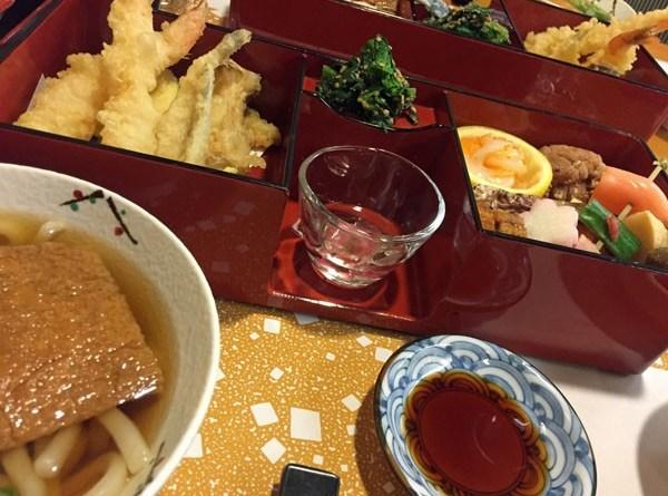 Sakura Gozen im Hotel-Restaurant