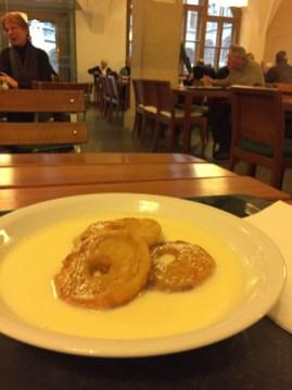 Essen in München