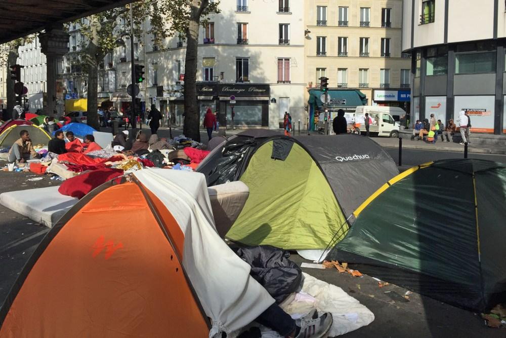 Zeltstadt mitten in Paris
