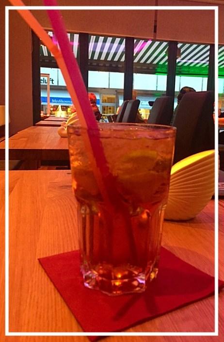 El diablo: Tequila, Crème de Cassis und Ginger Ale