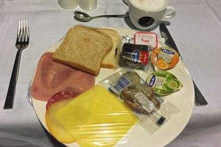 Frühstück im Hotel Nautic