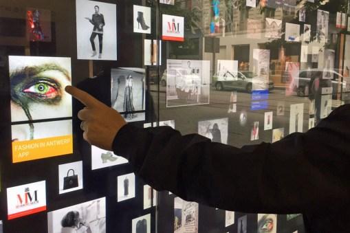 Interaktive Wand am Modemuseum