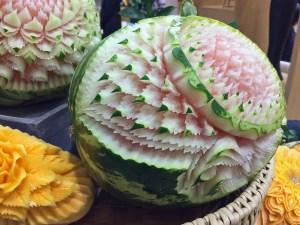Thailändische Kunst mit Obst