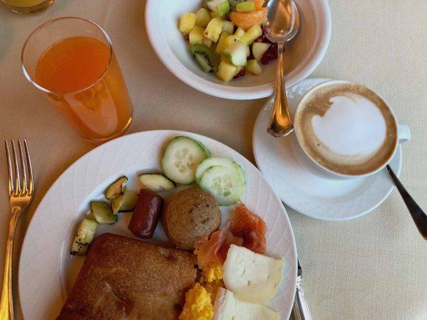 Frühstück im Grand Hotel Savoia