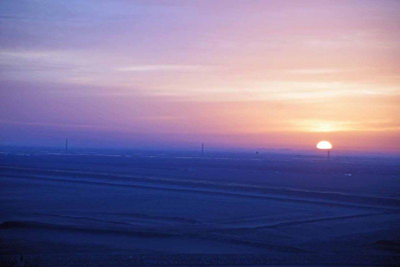 Sonnenaufgang am Sueskanal