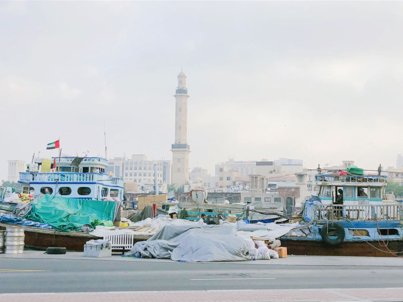 Hafenarbeit in Dubai