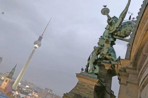 Berlin: Blick vom Dom zum Alex