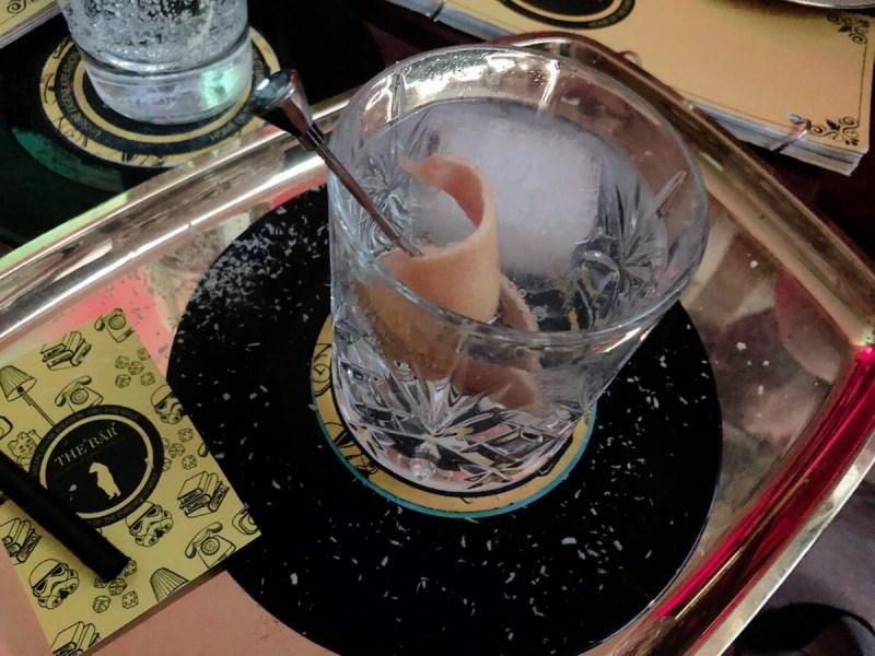 Koka-Blätter-Gin