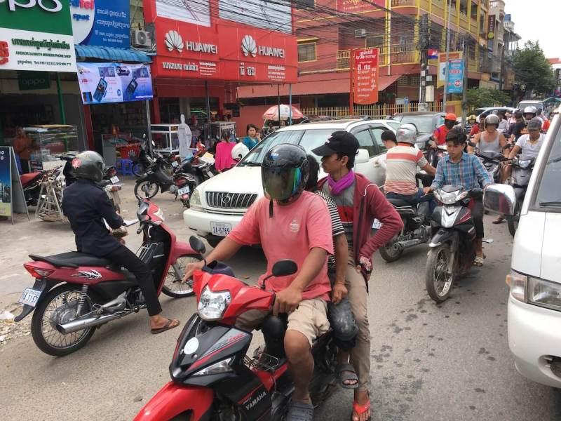 Stau in Kambodscha