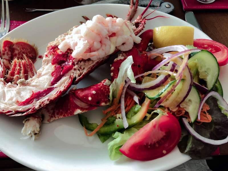 Hummer-Lunch auf Jersey