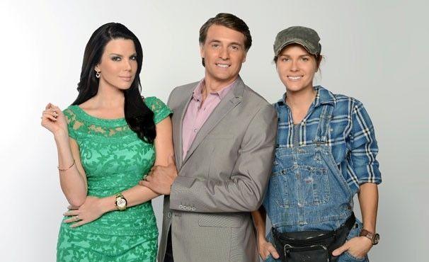 Maritza Rodriguez, Juan Soler e Sonya Smith vivem o trio de protagonistas Tereza Cristina, Reinaldo (Renê da versão original) e Griselda. (Foto: Telemundo / Divulgação)