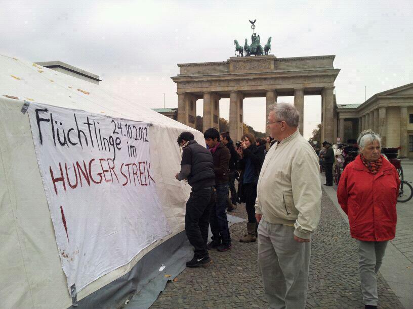 refugees hungerstrike zelt 24.10.12