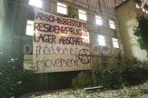 1354992927-refugees-squat-former-school-building-in-berlin-kreuzberg_1664677