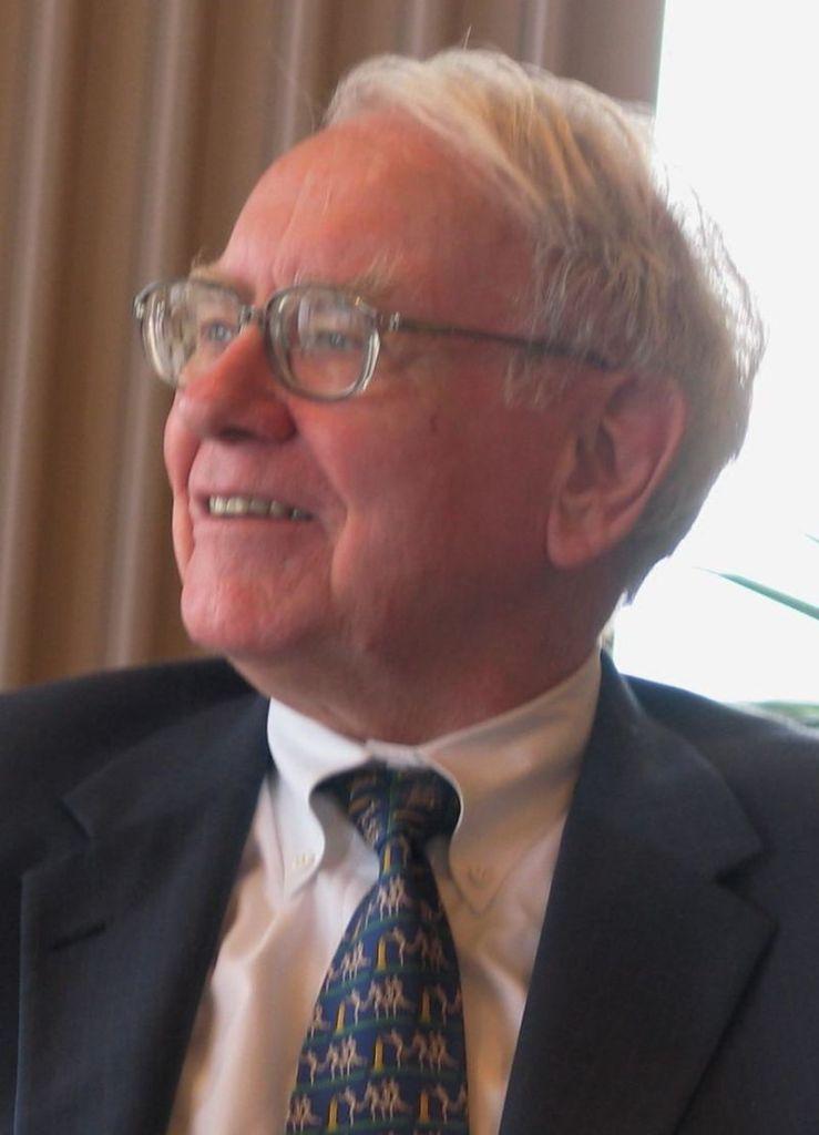 Os fundos mútuos como eu disse surgiram ha muito tempo e existem fundos muito famosos e de famosos investidores como o Berkshire Hathaway do Warrem Buffett