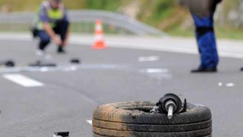 Aksident në Bellobrad të Dragashit, këmbësori lëndohet rëndë nga goditja e veturës