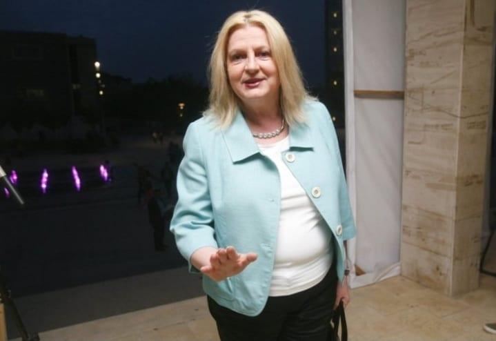 Tahiri: Ekipi negociator do ta merrte në qafë Kosovën