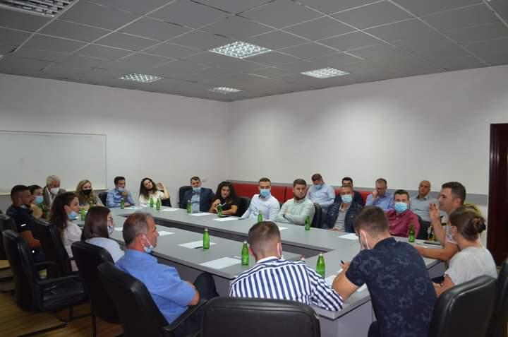 Në Dragash fillon mobilizimi i Lëvizjes VETËVENDOSJE dhe Listës Guxo!