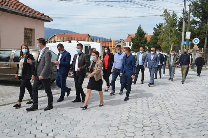 Vetëvendosje në Sharr merr mbështetje nga Ministra e Deputetë të Kosovës për zgjedhjet lokale!