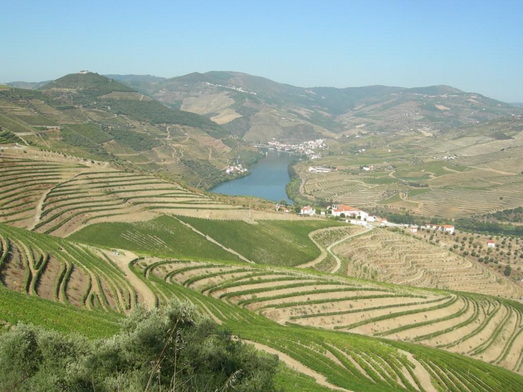 Udoli-reky-Douro