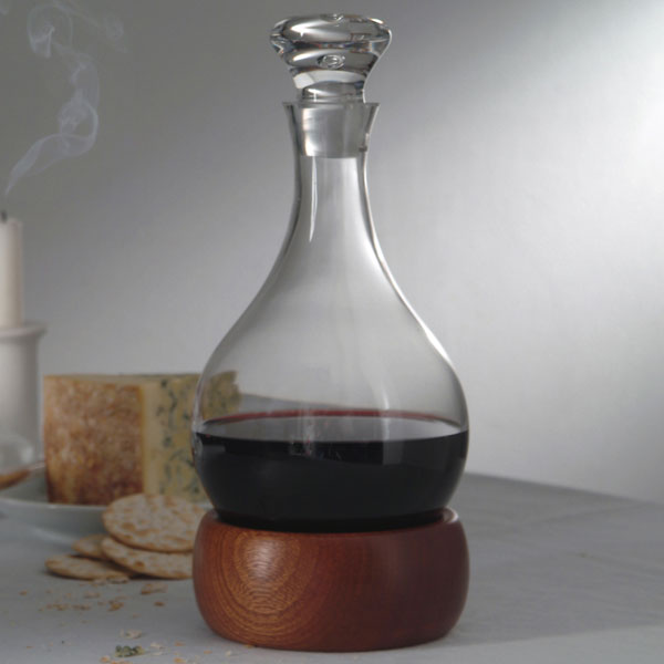 "Karafa ""hoggit"" (zdroj: wineware.co.uk)"