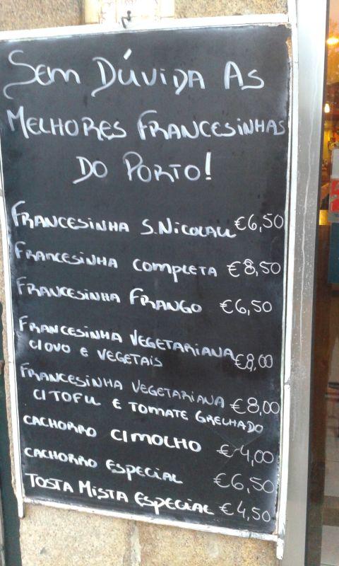 Bezpochyby nejlepší francesinha v Portu! U S. Nicolau na Rua Nova Alfandega.