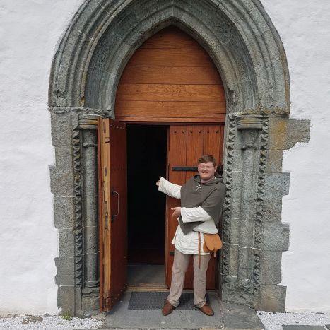 Ian Emiil ved sørportalen