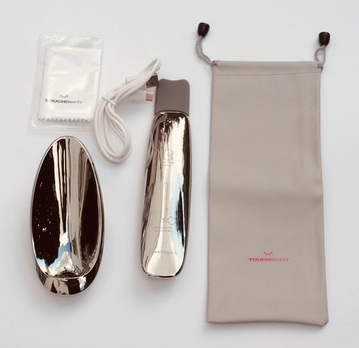 Touch Beauty Ultrasonic Scrub Device box contents